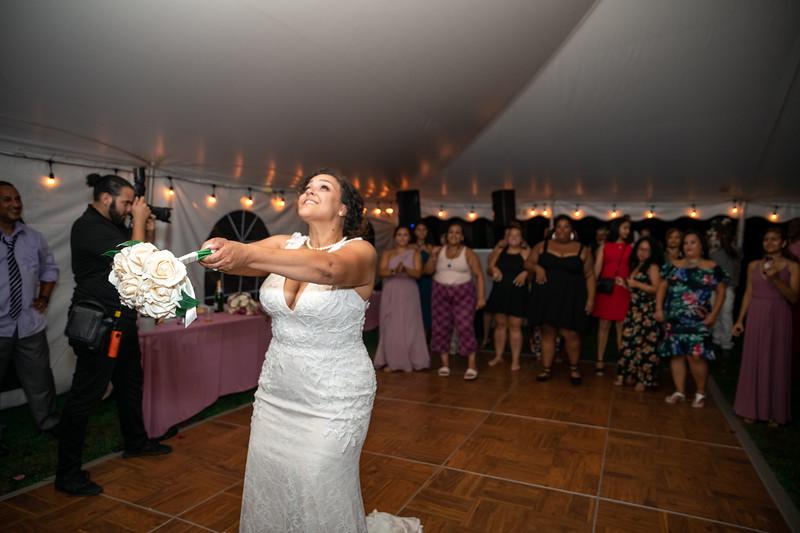 Rob & Gladys Wedding (2082).jpg