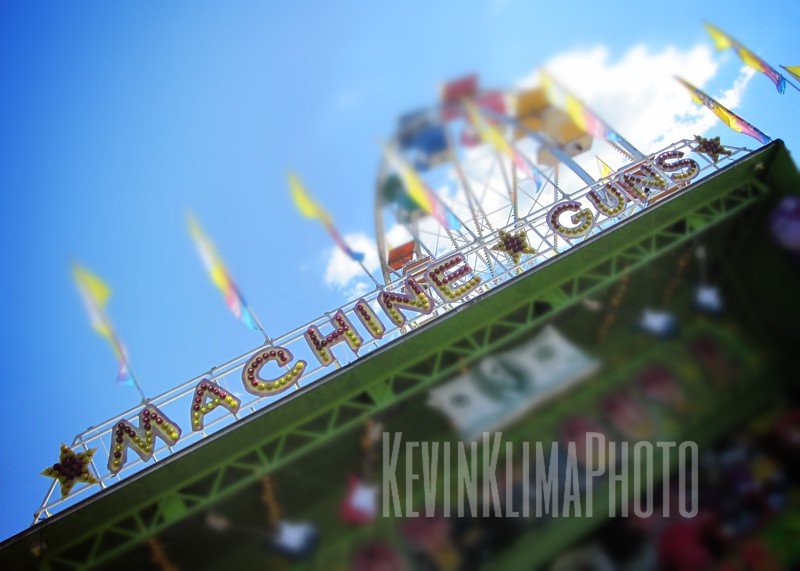 MachineGuns.jpg