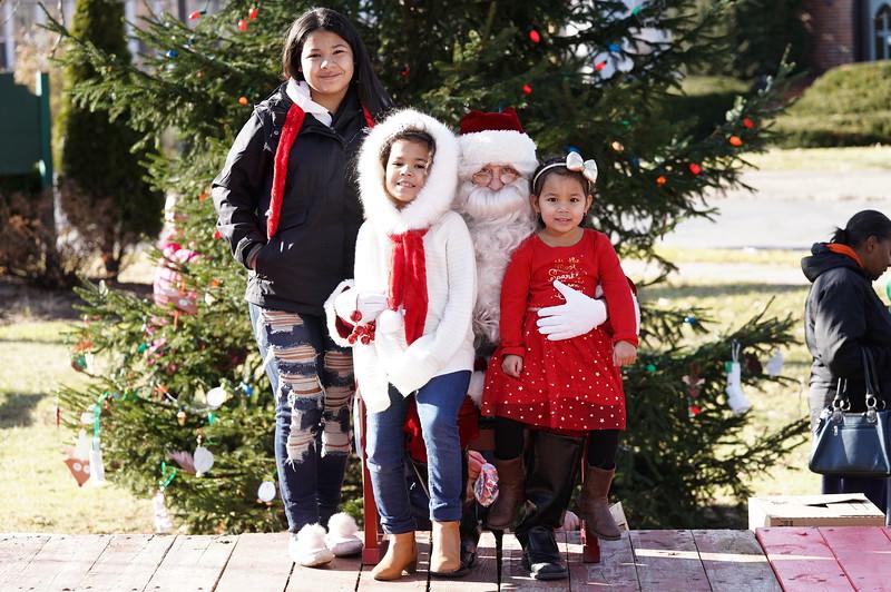 Santa In The Park 20190008.JPG