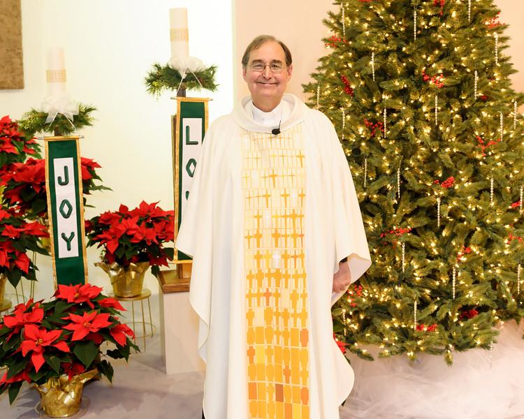 20151224 ABVM Christmas Eve Mass-6642 edited.jpg