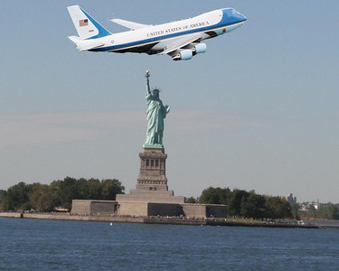 Statue of Liberty and AF One