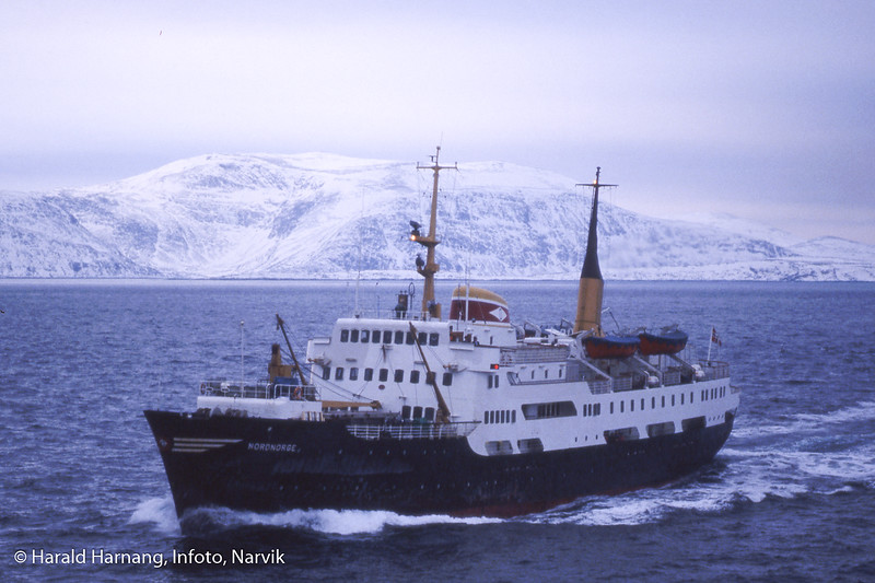 ODSs hurtighruteskip Nordnorge, trolig utenfor Finnmark. Foto fra ODSs hurtigruteskip Narvik.