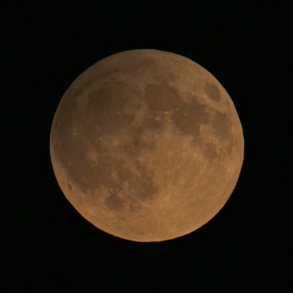 Partial moon eclipse 25.04.2013