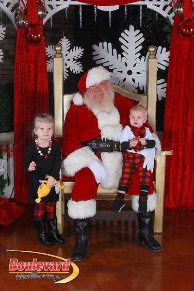 Santa 12-17-16-337.jpg