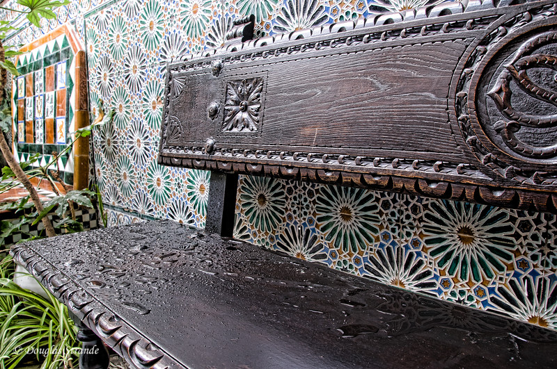 Mon 3/14 in Ronda: Wet bench and tile walls in Casa Don Bosco