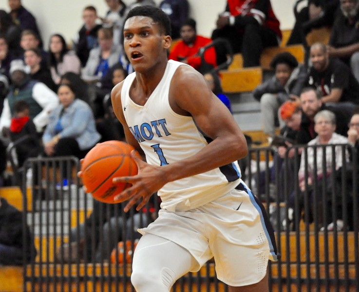 Waterford Mott hosted Walled Lake Western for a Lakes Valley Conference boys basketball game on Tuesday, Feb. 13, 2018. (Photo gallery by Dan Fenner/The Oakland Press)