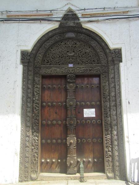 044_Zanzibar Stone Town. Carved wooden doors.JPG