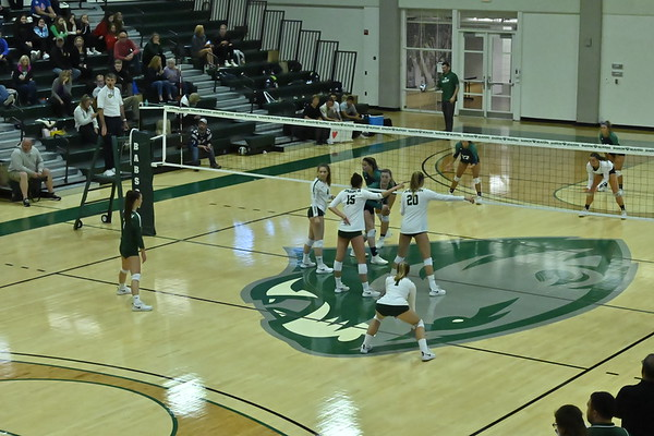BABSON COLLEGE  VOLLEYBALL  V  BRAINDIES  10.12