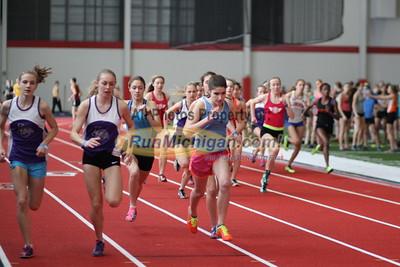 2015 MITS SVSU Girls 800m Run