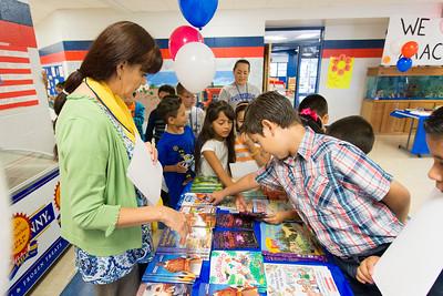 Escontrias Elementary Macys/ Reading is Fundamental Book Distribution