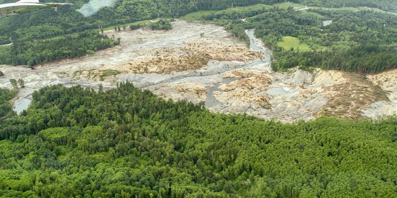 Oso Landslide liooking SW i2.jpg