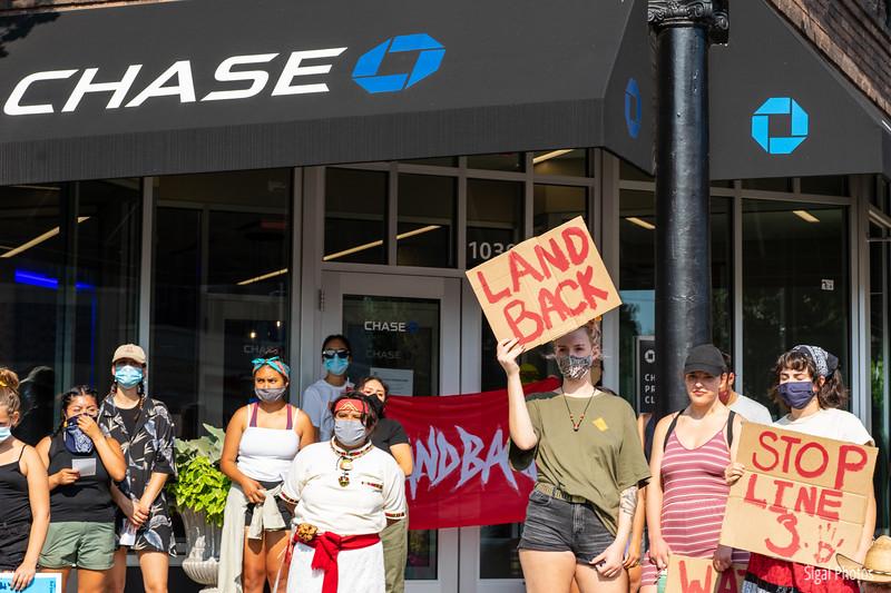 2021 08 16 Line 3 Protest Governor Mansion Chase Bank-35.jpg