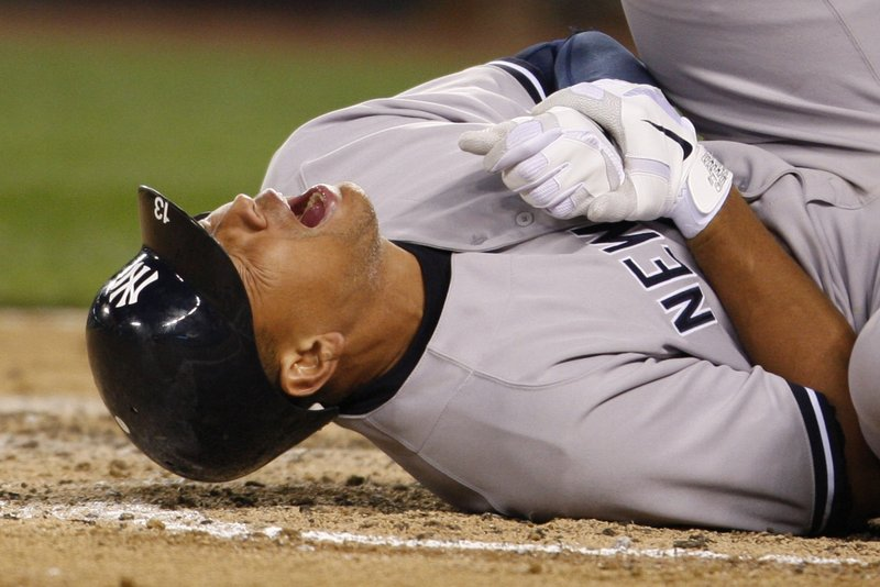 ". <p>3. (tie) ALEX RODRIGUEZ <p>Had no idea all of those performance enhancing pills, potions, injections, transfusions and enemas were illegal. (unranked) <p><b><a href=\'http://thebiglead.com/2013/10/02/alex-rodriguez-defense-i-was-tricked-into-taking-steroids/\' target=""_blank\""> HUH?</a></b> <p>    (AP Photo/Kevin P. Casey)"