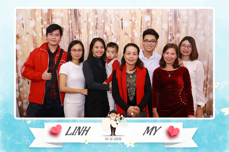 Linh-My-wedding-instant-print-photo-booth-in-Ha-Noi-Chup-anh-in-hnh-lay-ngay-Tiec-cuoi-tai-Ha-noi-WefieBox-photobooth-hanoi-108.jpg