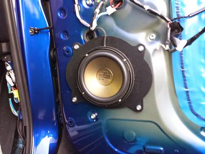 2014 Toyota Tundra Front Door Speaker Installation - USA