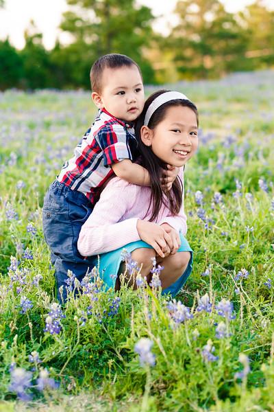 blue-bonnet-family-portrait-405-Edit.jpg