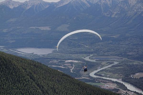 Golden Paragliding