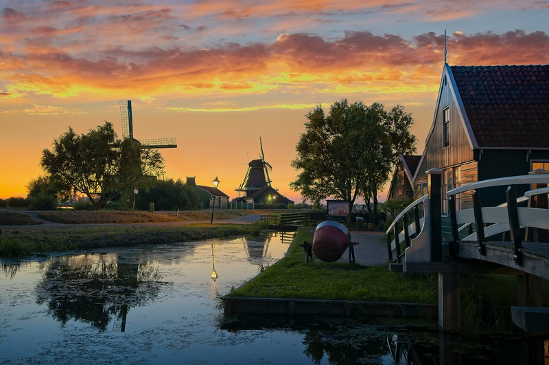 Iconic Dutch House - HDR