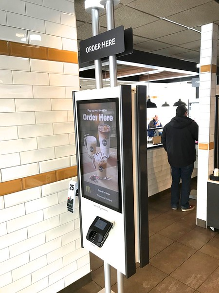 This machine will wipe out jobs at McDonalds.