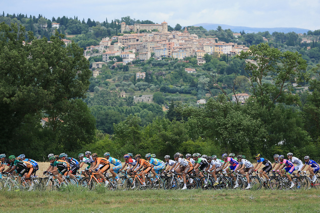 . The peloton passes through countryside near the 50km part of the stage during stage five of the 2013 Tour de France, a 228.5KM road stage from Cagnes-sur-mer to Marseille, on July 3, 2013 in Marseille, France.  (Photo by Doug Pensinger/Getty Images)