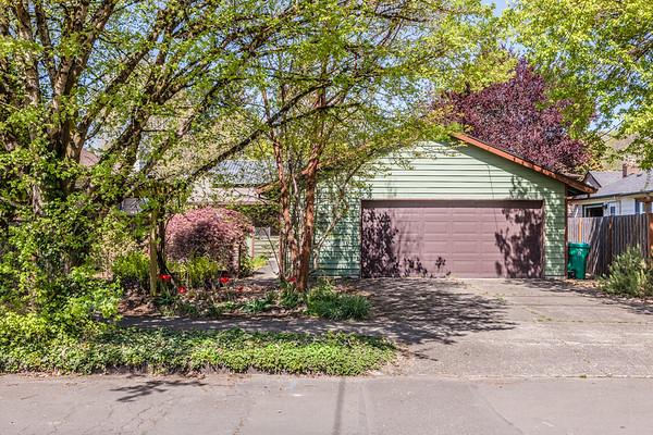 3667 SE Flavel, Portland OR
