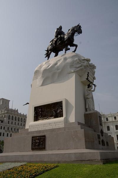 San Martin Statue.jpg