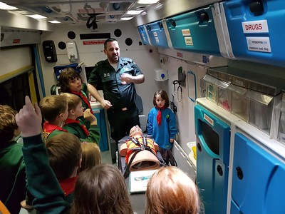2018-03-16 A Paramedic & Ambulance visit the Beavers & Cubs