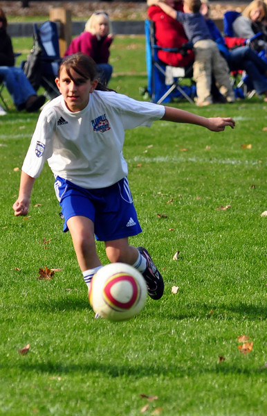 plainville u-11 girls soccer 10-17-10-079.jpg
