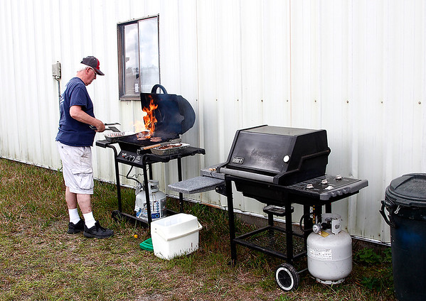 2018-04-07 CHAPTER 1298 COOKOUT