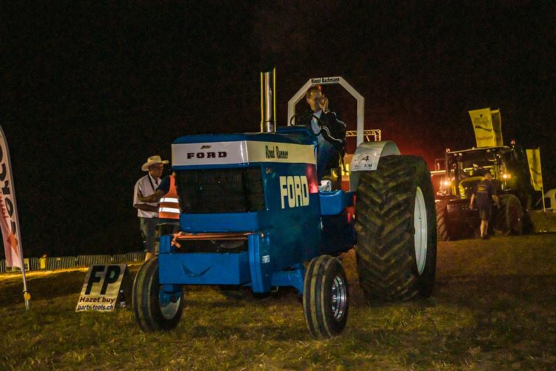Tractor Pulling 2015-01816.jpg