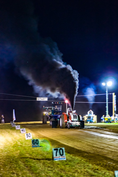Tractor Pulling 2015-01802.jpg