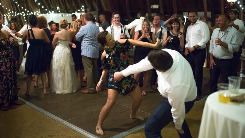 Garrett & Lisa Wedding (933).jpg
