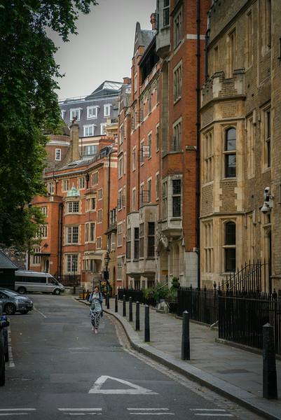 Dean's Yard - Central London