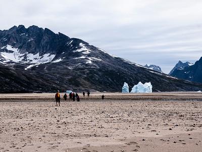 Day 2 -  over sandbank, along the shores of the Tuno fjord
