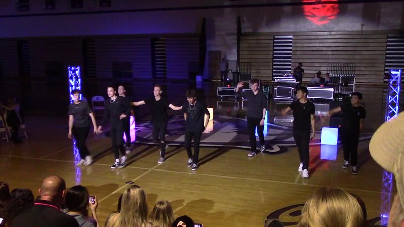 2020 Cougarlicious Boys Perform at Lip Sync