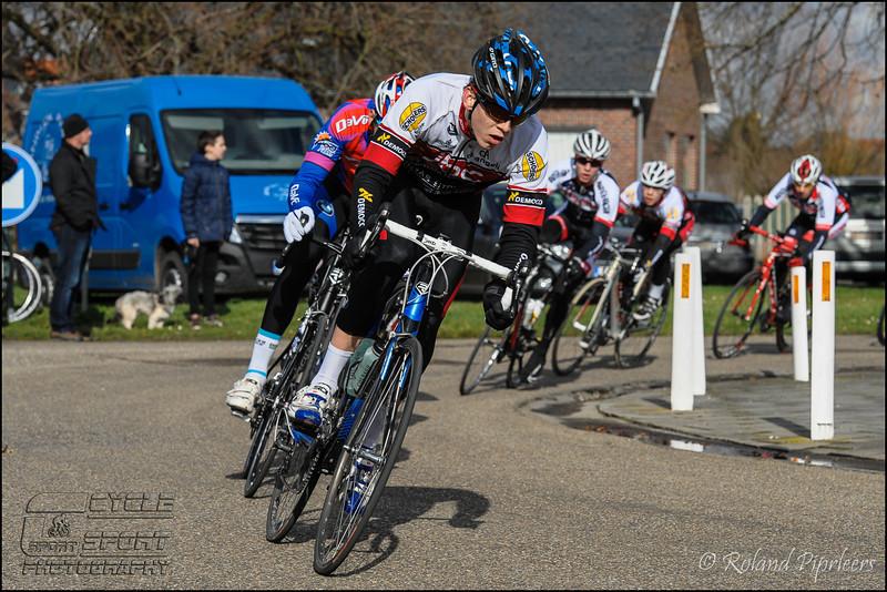 zepp-nl-jr-64.jpg