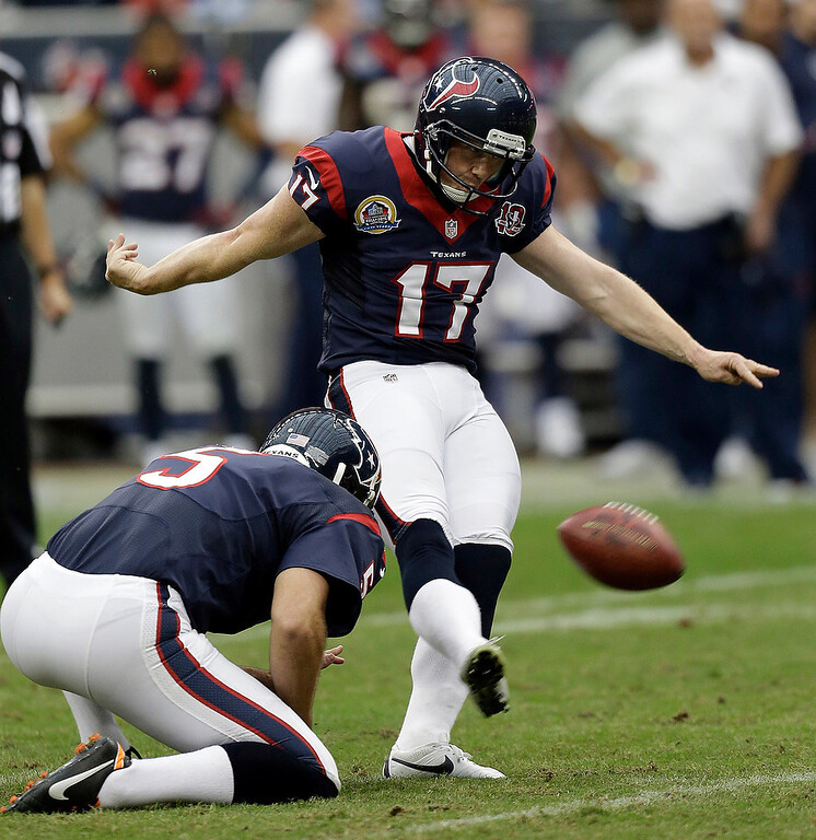 . Houston Texans\' Shayne Graham (17) kicks a field goal against the Indianapolis Colts as Donnie Jones (5) holds in the fourth quarter of an NFL football game on Sunday, Dec. 16, 2012, in Houston. Houston won 29-17 and Graham kicked five field goals. (AP Photo/Eric Gay)