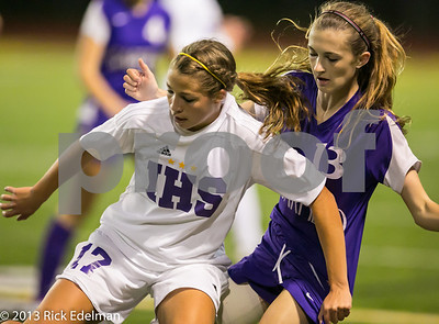 Garfield @ Issaquah Girls Varsity Soccer