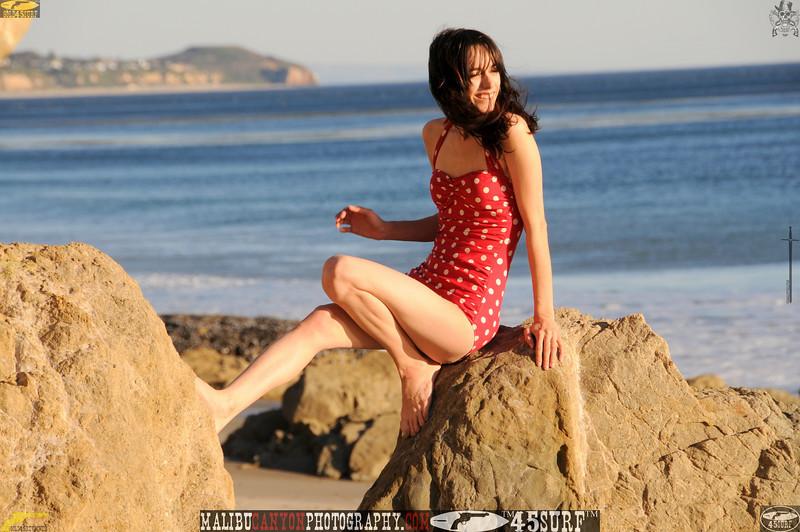 matador swimsuit malibu model 712..00..00..00....jpg