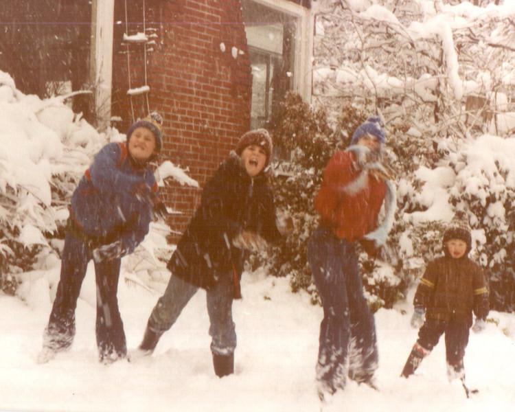 cal-sch-winter--kids78.jpg