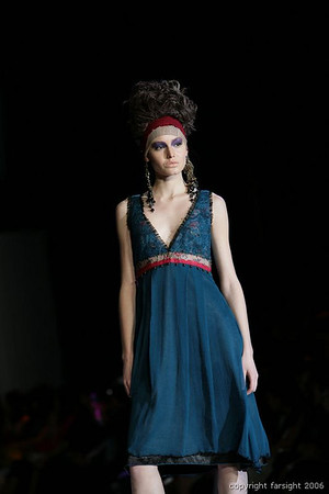 Kuala Lumpur Fashion Week 2006 - Melinda Looi