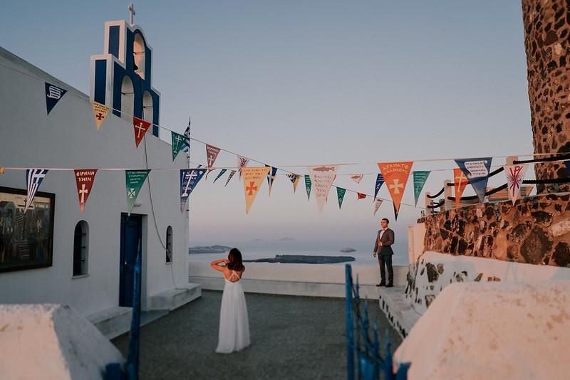 Tu-Nguyen-Destination-Wedding-Photographer-Santorini-Elopement-Alex-Diana-228.jpg