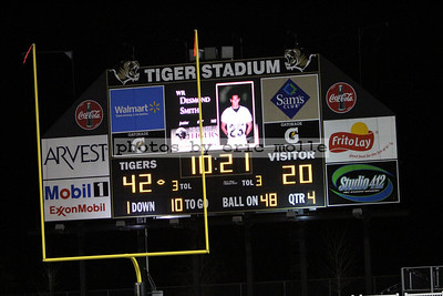 Har-Ber Wildcats at Bentonville Tigers - 7A Football Playoffs Round 3 - 11/26/2010