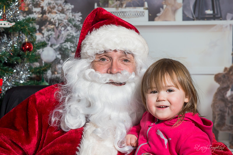 StaceyTompkinsPhotography-Santa2018 (61 of 79).jpg