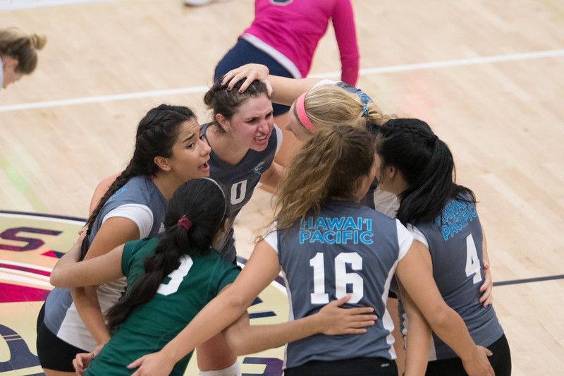 HPU Volleyball-93191.jpg
