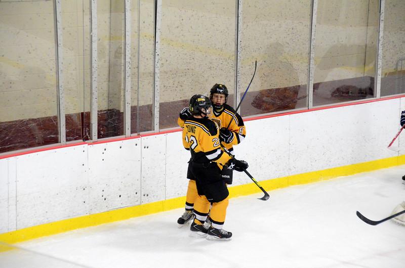 141004 Jr. Bruins vs. Boston Bulldogs-094.JPG