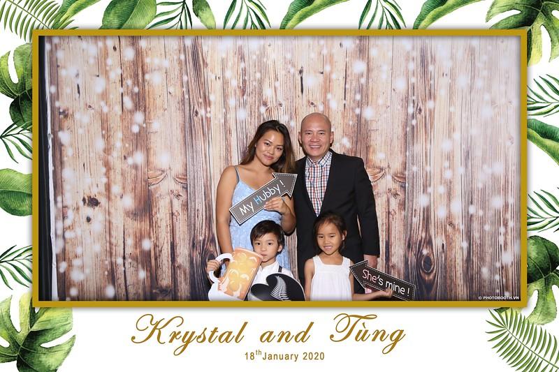 Krystal-Tung-wedding-instant-print-photo-booth-in-Ho-Chi-Minh-City-Chup-hinh-lay-lien-Tiec-cuoi-WefieBox-Photobooth-Vietnam-032.jpg