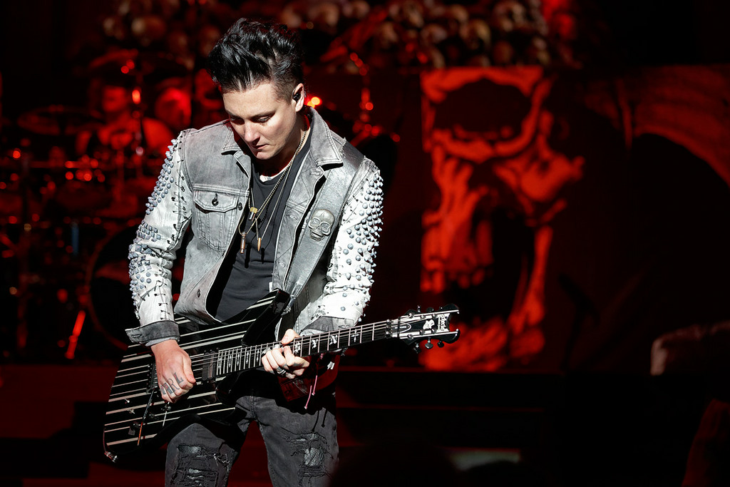 . Avenged Sevenfold\'s Synyster Gates performs at Mayhem Festival on Thursday, July 18, 2014, at DTE Energy Theatre, Independence Township. Photo by Ken Settle