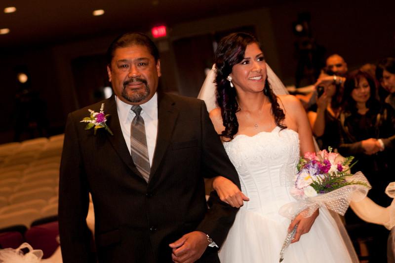 2011-11-11-Servante-Wedding-84.JPG