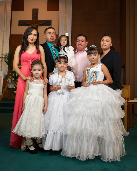 Communion Hispanic-9222-6 8x10.JPG
